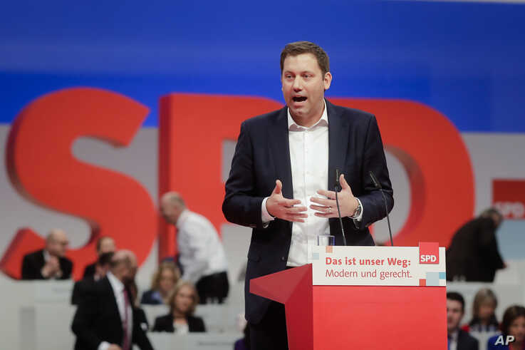 FILE - Social Democratic Party, SPD, Secretary General candidate Lars Klingbeil delivers his speech at a party's convention in Berlin.