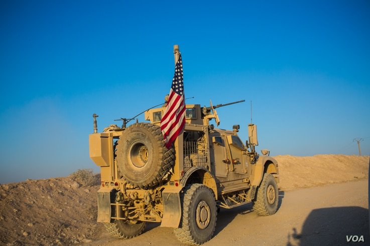 U.S. forces patrol the countryside near the Turkish border in the Al-Bab countryside on Aug. 30, 2019. (VOA/Yan Boechat)