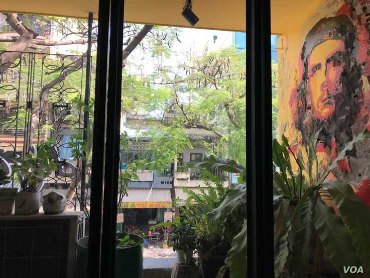A cafe in Ho Chi Minh City is decorated with an image of international communist icon Che Guevara.