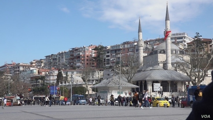 Istanbul's Uskudar district once a stronghold of President Erdogan support has declined, amid concerns over economy and declining rights, but voters appear skeptical whether parties led by Erdogan's former allies offer a way forward. Courtesy Dorian Jones