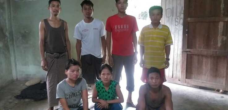 Myanmar nationals who were rescued by Thai military in Su-ngai Kolok, a town in Narathiwat province, near the border with Malaysia on May 13, 2020, after the group had been abandoned by a labor agent taking them to Malaysia. (Courtesy photo)