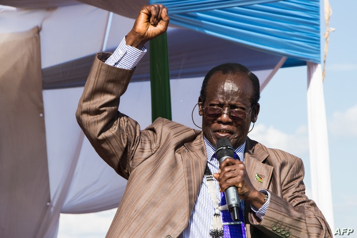 South Sudan's vice president James Wani Igga makes a speech during his visit to the Mangateen Internal Displaced persons (IDPs)…