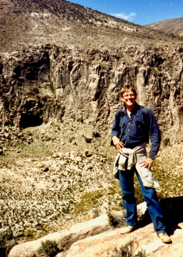 Anthropologist Lawrence Kuznar at Cueva Quellaveco, Peru in 1989. (Photo courtesy Lawrence Kuznar)