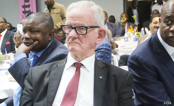Economist John Robertson attends an event in Harare, in March 2020. (Columbus Mavhunga/VOA)