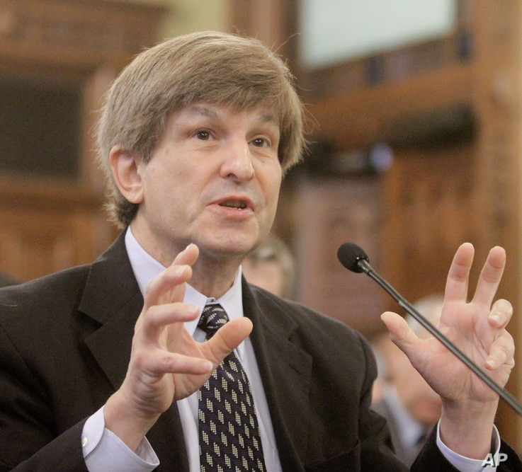 Allan Lichtman of American University in Washington D.C. testifies during a Senate Redistricting Committee hearing on the…