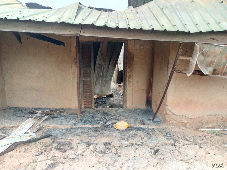One of the houses ruined in Kurmin Masara village during a predawn raid Aug. 6. 2020. (Timothy Obiezu/VOA)