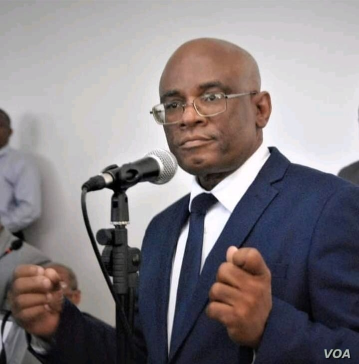 Monferrier Dorval, head of the Port-au-Prince bar association and a constitutional law expert.  (Photo: VOA Creole)