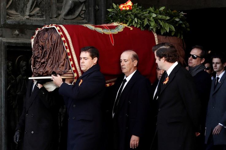 Relatives of late Spanish dictator Francisco Franco, carries the coffin after the exhumation at The Valle de los Caidos (The…