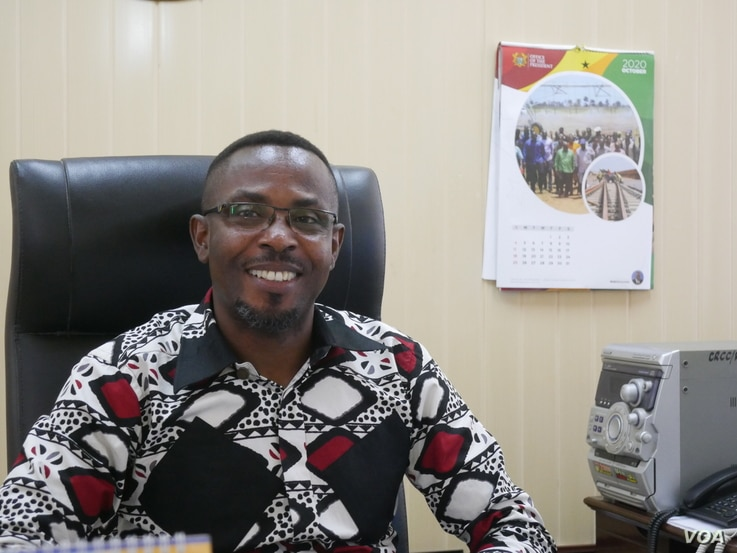 Ghana's Central Region Minister Kwamena Duncan says the walls are to protect livelihoods Oct 2, 2020. (VOA/Stacey Knott)