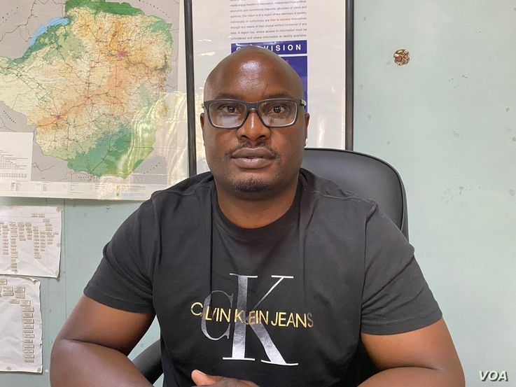 Tabani Moyo from the Media Institute of Southern Africa says the crackdown on citizens speaking out on social media is not confined to Zimbabwe, in Harare, Nov. 12, 2020. (Columbus Mavhunga/VOA)