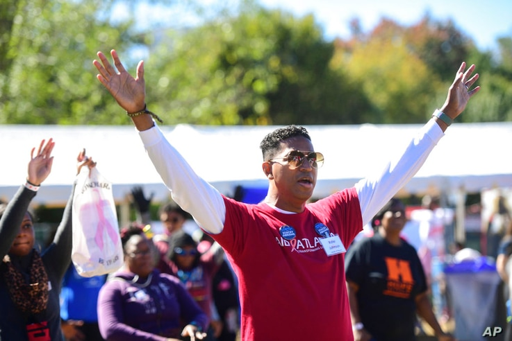 IMAGE DISTRIBUTED FOR AIDS HEALTHCARE FOUNDATION - Delta Air Lines walker, Rafer Johnson joins thousands at Piedmont Park to…
