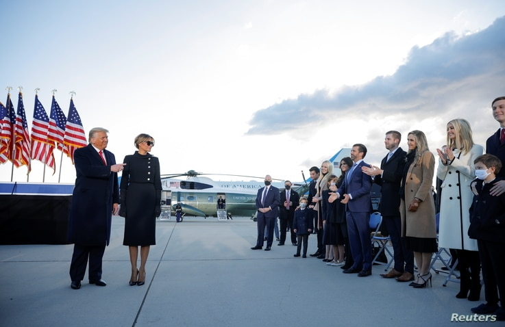 U.S. President Donald Trump and first lady Melania Trump arrive at the Joint Base Andrews, Maryland, Jan. 20, 2021.