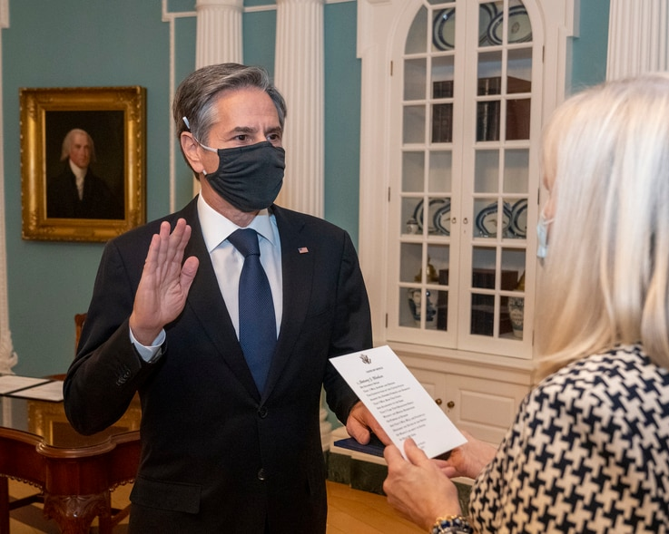 Secretary of State Antony Blinken is sworn in as the 71st U.S. Secretary of State by Acting Under Secretary of State for Management Carol Z. Perez, at the Department of State in Washington, Jan. 26, 2021. (State Department photo)