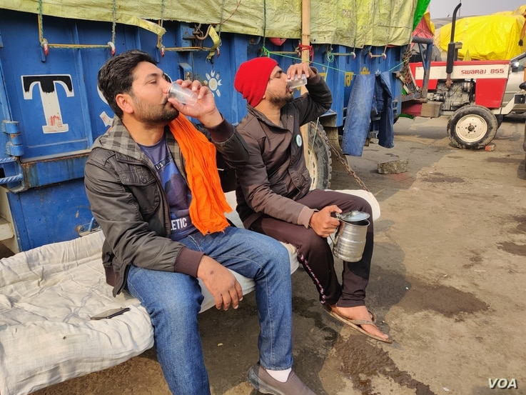 Kulwinder Singh has been at the protest site in India for two months. (A. Pasricha/VOA)