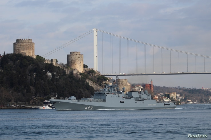 The Russian Navy's frigate Admiral Makarov sets sail in the Bosphorus, on its way to the Mediterranean Sea, in Istanbul, Turkey…