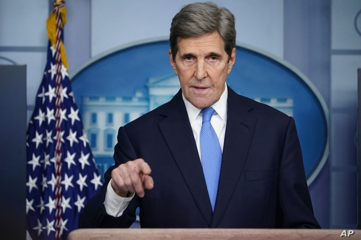 Special Presidential Envoy for Climate John Kerry speaks at a briefing on climate policy in the Brady Briefing Room of the…