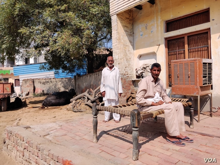 Villages in North India are lending support to a massive farmers protest being held on the outskirts of Delhi.