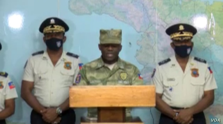 Leon Charles, the director-general of Haiti's National Police Force, holds a press conference in Port-au-Prince to respond to the initial Fantom 509 jailbreak and protest, March 17, 2021. (Matiado Vilme/VOA)