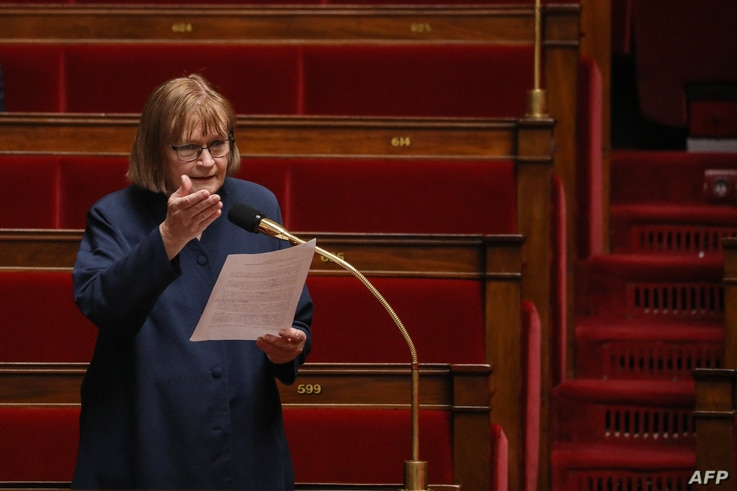 French Communist Party (PCF) deputy Marie-George Buffet attends a session of questions to the Government at the French National…