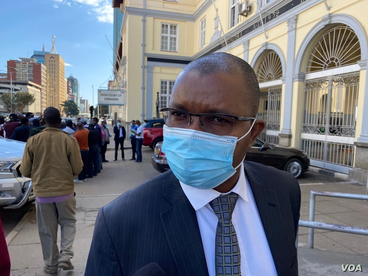 Lawyer Thembinkosi Magwaliba, seen here in Harare, May 15, 2021, represented Zimbabwe Chief Justice Luke Malaba and the Judicial Service Commission during the proceedings. (Columbus Mavhunga/VOA)
