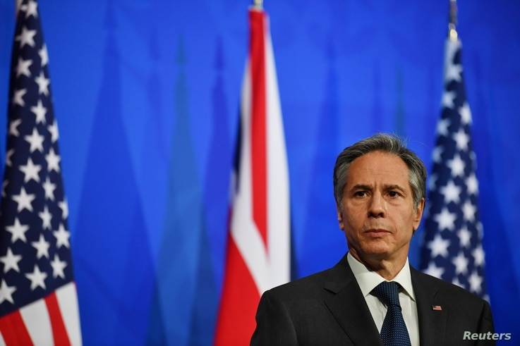 U.S. Secretary of State Antony Blinken attends a joint news conference following a bilateral meeting with Britain's Foreign Secretary Dominic Raab in London, May 3, 2021.