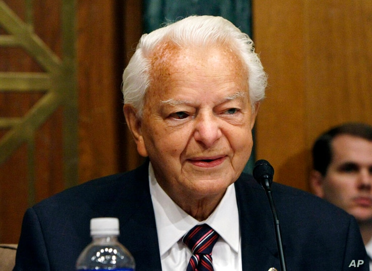 FILE - In this Sept. 26, 2007, file photo, Senate Appropriations Committee Chairman Sen. Robert Byrd, D-W.Va., presides over a…