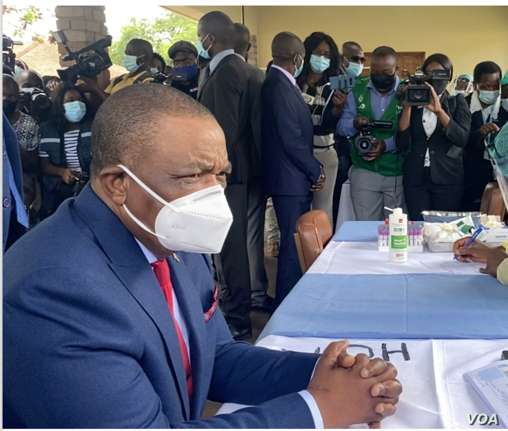 Vice President and health minister Constantino Chiwenga, seen in this Feb. 2021 file photo, says complacency had resulted in a recent spike in cases of the coronavirus responsible for the COVID-19 disease. (ColumbusMavhunga/VOA)