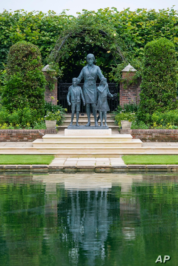 A view of a statue commissioned by Britain's Prince William and Prince Harry of their mother Princess Diana, on what woud have been her 60th birthday, London, July 1, 2021.