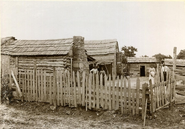 Freedoms Cabin at Okmulgee, Indian Territory, c.  1898-1901.