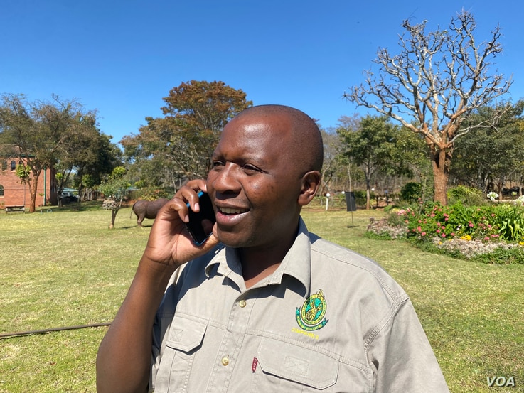 Tinashe Farawo, spokesman of the Zimbabwe Parks and Wildlife Management Authority, (Harare, August 24, 2021,)says the efforts of conservation groups such as International Anti-Poaching Foundation are helping to fight poaching in this wildlife rich country ((Columbus Mavhunga/VOA))