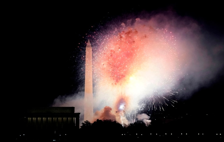Fireworks display over the National Mall at the conclusion of the 'Celebrating America' event at the Lincoln Memorial after the...