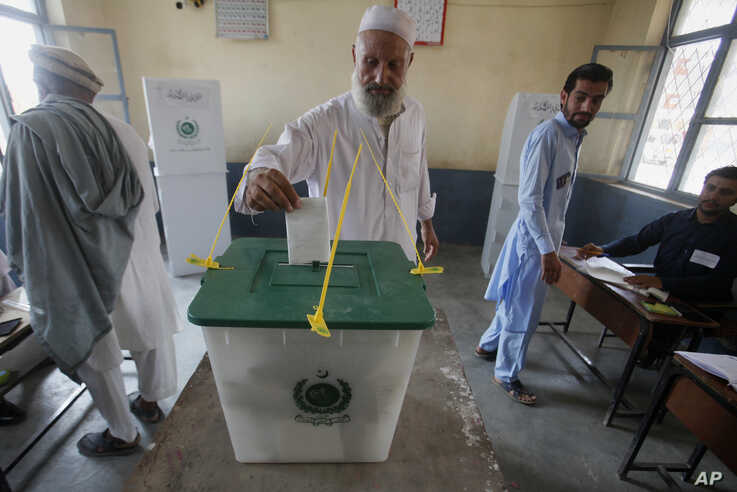 A Pakistani tribesman cast his vote during an election for provincial seats in Jamrud, a town of Khyber district, Pakistan, Saturday, July 20, 2019. Pakistan's northwestern tribal areas are holding their first-ever provincial elections. The seven…