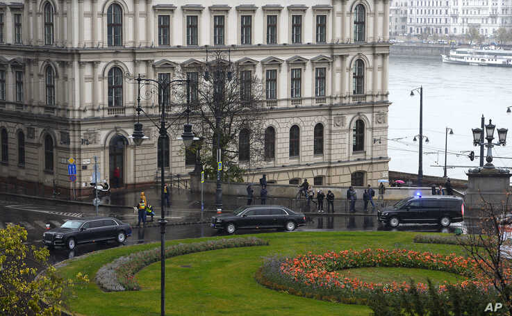A convoy transporting Russian President Vladimir Putin arrives in central Budapest, Hungary, Wednesday, Oct. 30, 2019. Putin is…