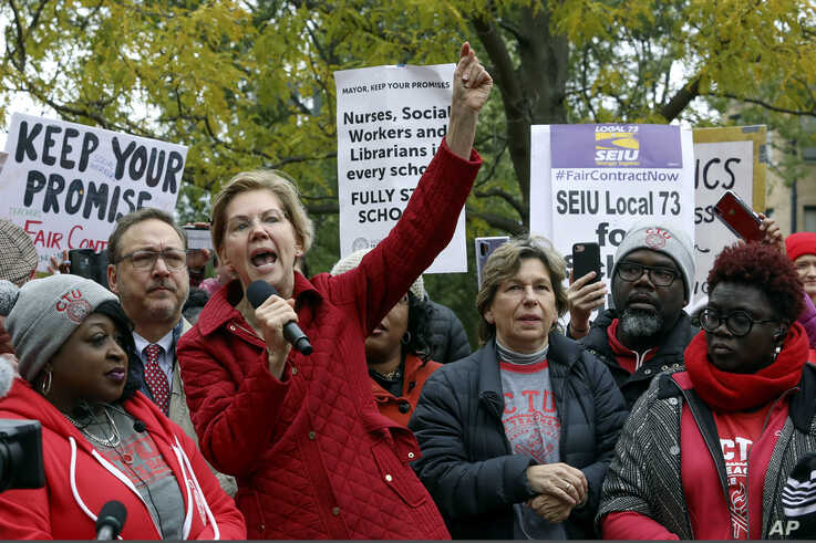 Democratic presidential candidate Elizabeth Warren calls for people across the country to support striking Chicago teachers…