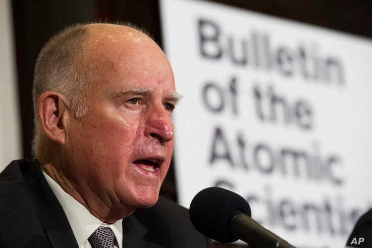 Former California Gov. Jerry Brown speaks after unveiling the Doomsday Clock during The Bulletin of the Atomic Scientists news…