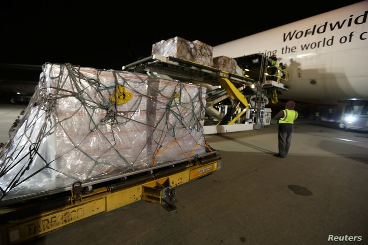 UPS workers load medical masks and other protective gear bound for China into a cargo plane at Hartsfield-Jackson Atlanta International Airport, Georgia, Feb. 1, 2020. (Credit: UPS/Dan McMackin/Handout)