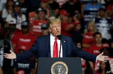 President Donald Trump speaks during a campaign rally in Tulsa, Okla., Saturday, June ۲۰, ۲۰۲۰. (AP Photo/Sue Ogrocki)