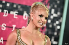 Britney Spears arrives at the MTV Video Music Awards at the Microsoft Theater on Sunday, Aug. 30, 2015, in Los Angeles. (Photo…