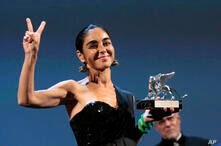 Iranian director Shirin Neshat with the Silver Lion Best Director award for the film 'Women Without Men' at the 66th edition of…