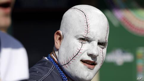 George Uhl of Sterling Heights, Michigan, is seen before a baseball game between the Detroit Tigers and the Kansas City Royals in Detroit, USA, Mar. 31, 2014.
