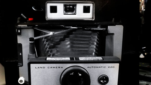 A 65-year-old Poloroid Land camera by Harvard drop-out and Polaroid inventor Edwin Land. Today marks the 105th birthday of Land. (Diaa Bekheet/VOA)