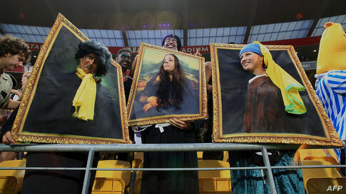 Fans have fun during the New Zealand rugby Sevens in Wellington.