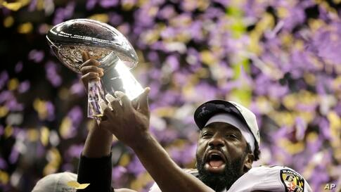 Baltimore Ravens safety Ed Reed (20) celebrates his team's 34-31 win against the San Francisco 49ers.