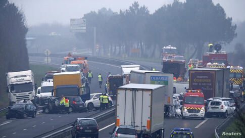 REUTERS 50 vehicle accident in France