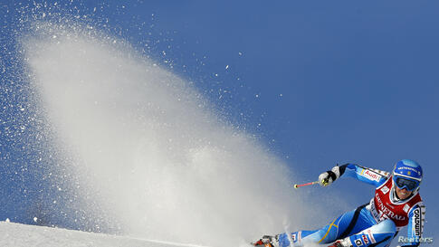 Sweden's Maria Pietilae-Holmner skis during the Women's World Cup Giant Slalom skiing race in Val d'Isere, French Alps.