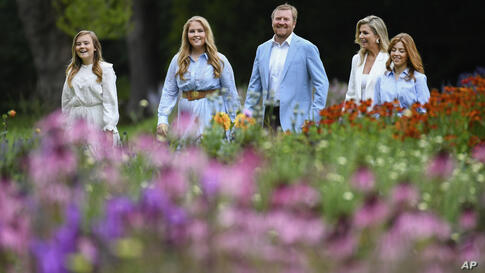 Netherlands' King Willem-Alexander, Queen Maxima, Princesses Amalia, second left, Alexia, right, and Ariane, left, pose in the…