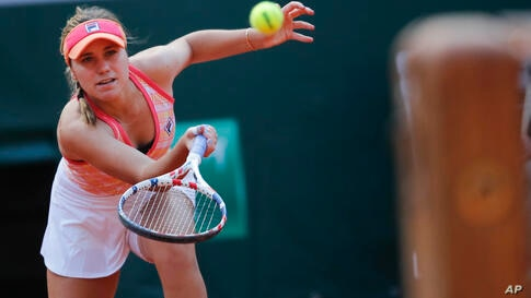 Sofia Kenin of the U.S. plays a shot against Danielle Collins of the U.S. in the quarterfinal match of the French Open tennis…