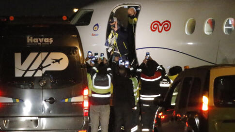 Mesut Ozil, former Germany midfielder disembarks a private jet after arriving at the Ataturk Airport in Istanbul, early Monday,…