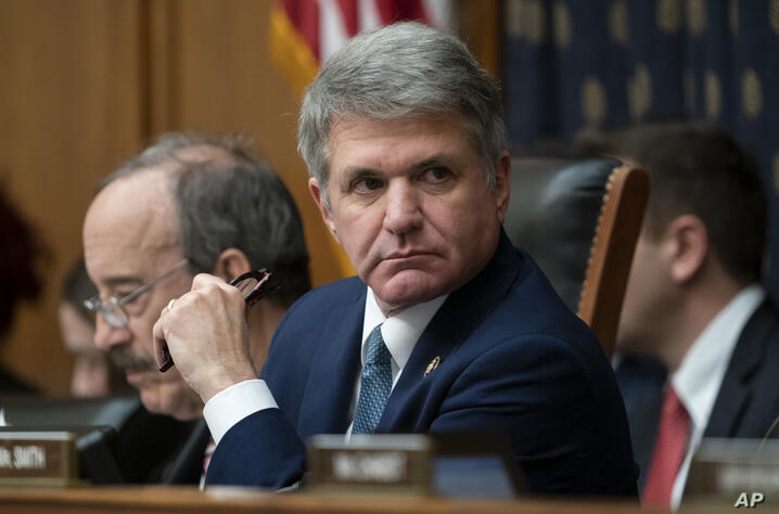 Rep. Michael McCaul, R-Texas, the ranking member of the House Foreign Affairs Committee, is joined at left by Chairman Eliot…