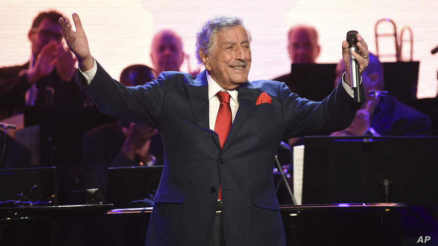 Singer Tony Bennett performs at the Statue of Liberty Museum opening celebration at Battery Park on Wednesday, May 15, 2019, in…